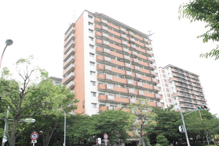 12階建てのマンションです