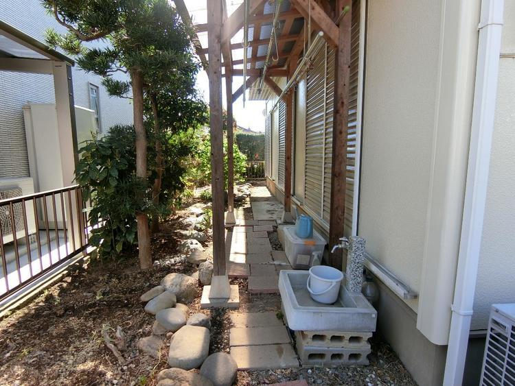 お庭スペースあります。