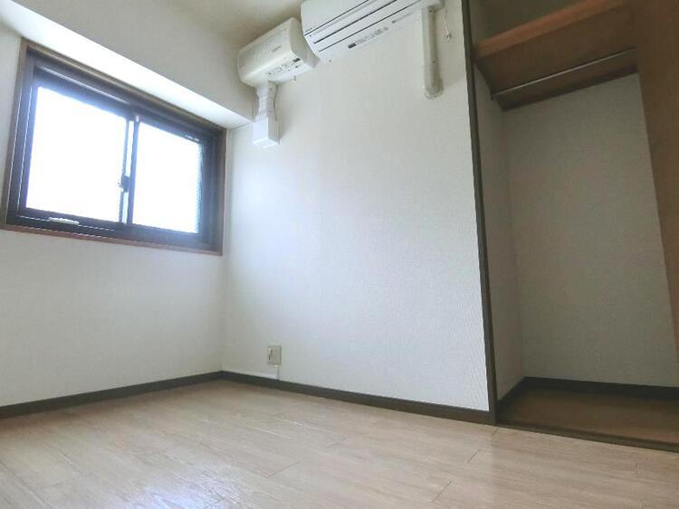 角部屋につき全居室に窓があります