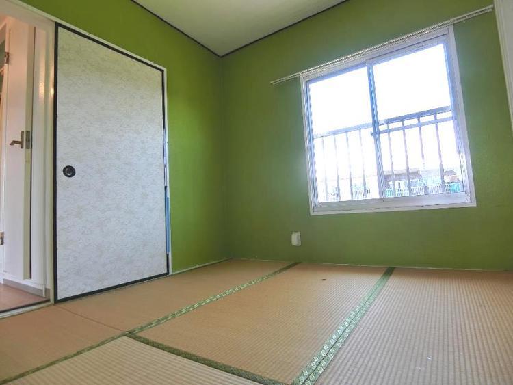 和室2部屋+LDKの間取りです