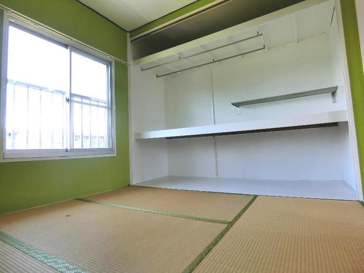 各居室に収納スペース付き