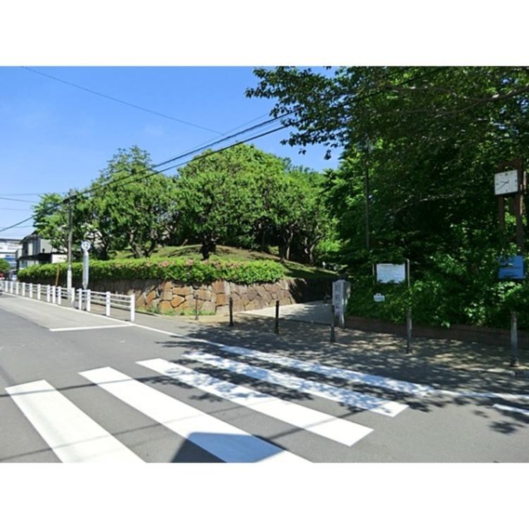 関前公園(約210m)