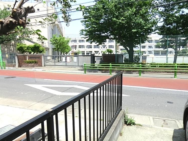 世田谷区立玉堤小学校 徒歩12分(約930m)