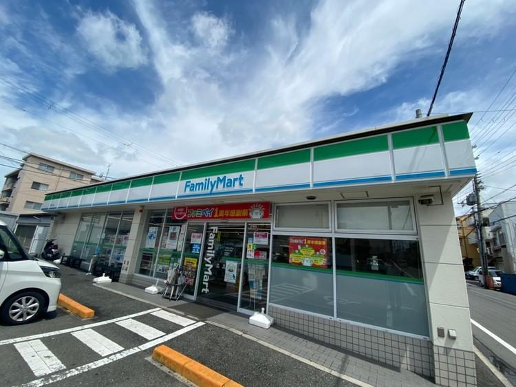 ファミリーマート 東大阪三島店 徒歩 約4分(約290m)