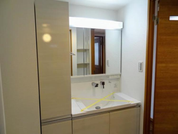 ◆ゆとりの洗面スペースで朝の身支度もスムーズに