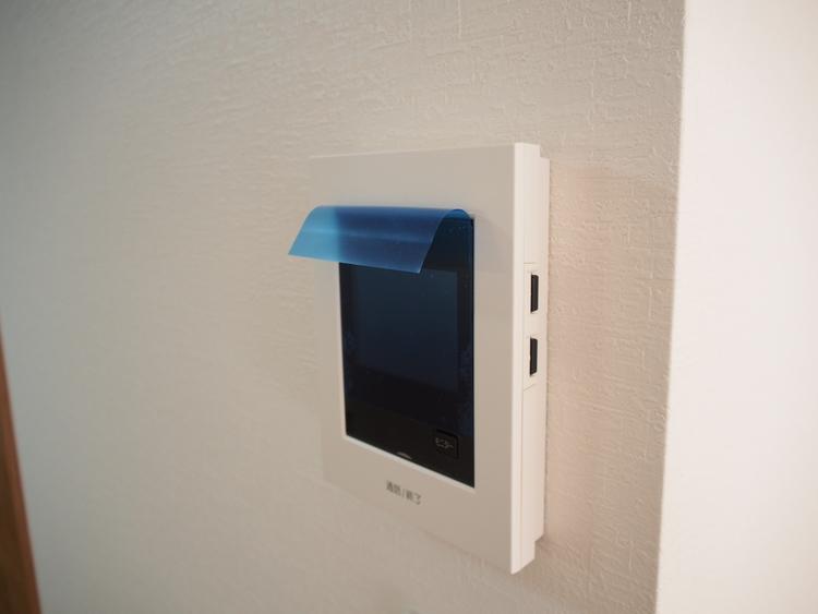 TVモニター付インターホンで、来客が確認できます。