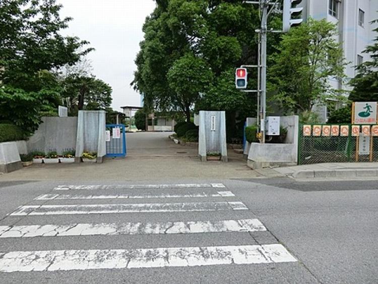 春日部市立八木崎小学校 徒歩6分(約450m)