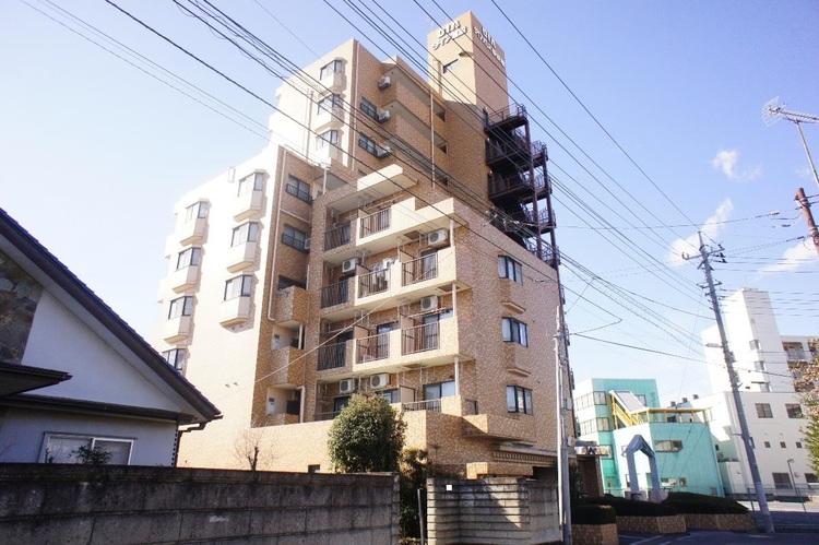10階建て3階、1Kのお部屋です。
