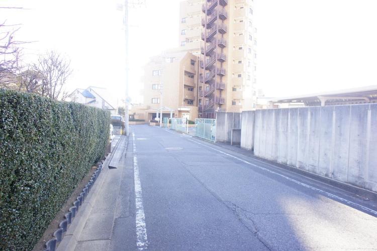 「新前橋」駅より徒歩約7分の立地です。