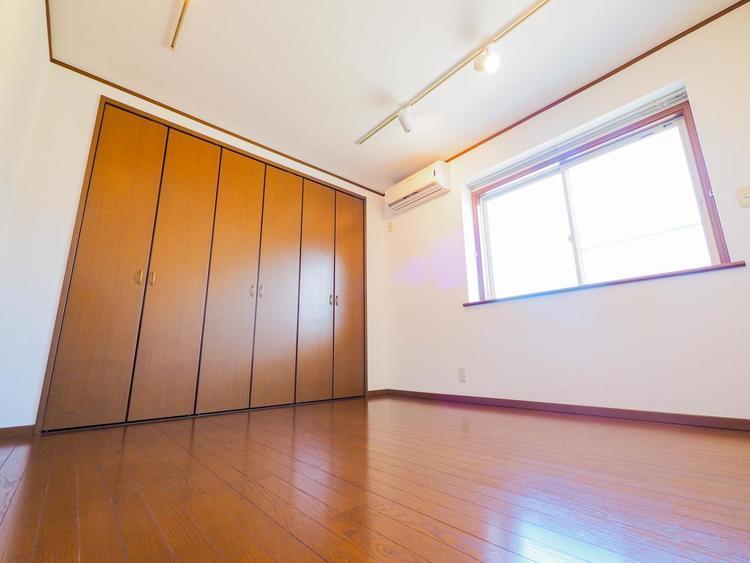 室内をご覧いただけます。部屋の雰囲気や広さ、眺望、住宅設備の使い勝手など住み心地をしっかりご確認ください。