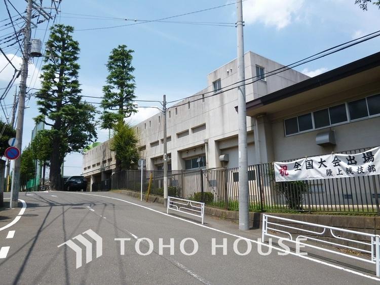 横浜市立田奈中学校 距離1600m