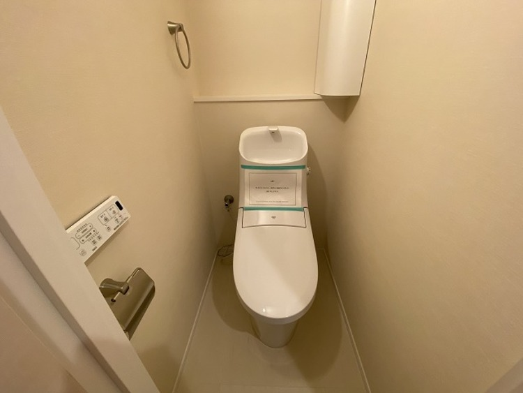 毎日使うものだから、「シンプルでムダのないデザイン」で空間と調和するトイレ。
