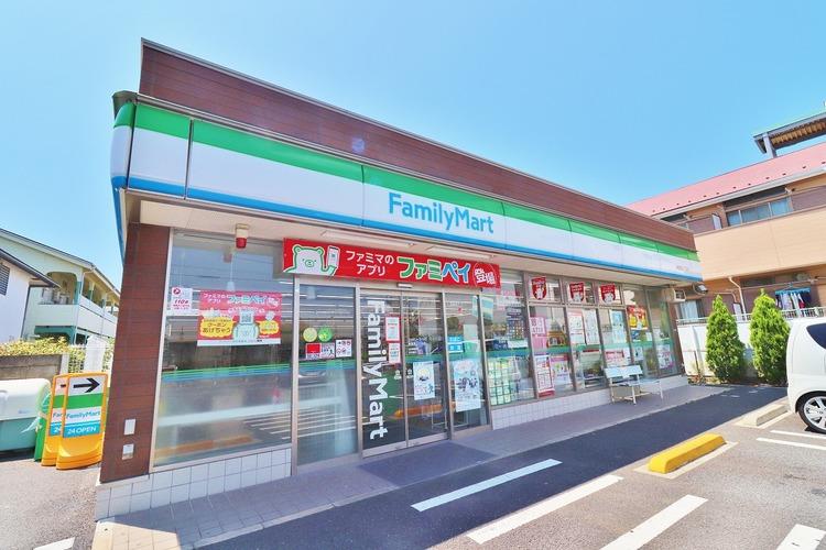 ファミリーマート東葛西3丁目店 672m