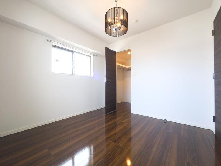 収納ひとつ、ふたつのわずかな違いが「居住スペースを有効的に使えるか」という部分で差が出る可能性が。各居室の収納はしっかりとした容量のスペースを確保しております。