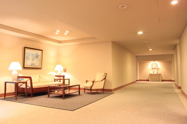 ホテルライクな内廊下設計で、充実のマンションライフを送れます。