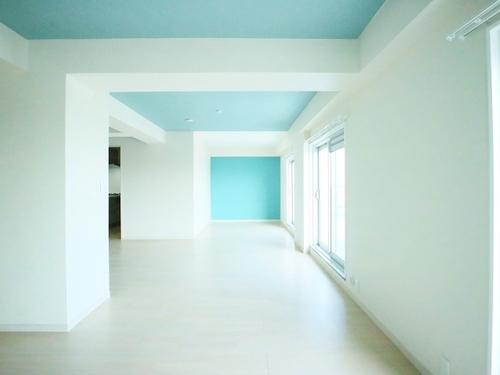 カジュアルヨーロピアンスタイル~10階最上階の角住戸~秀和第二自由が丘レジデンスの画像