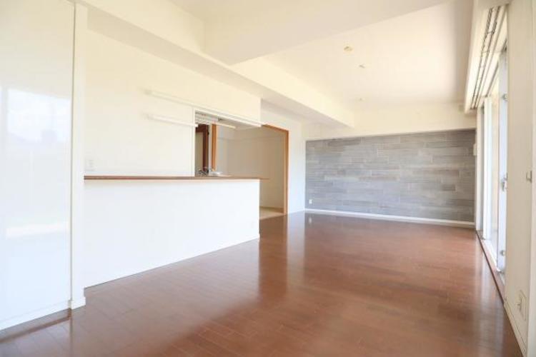 リビングとダイニングスペースのみで約16.5帖ある広い空間です♪家具や家電の配置にも困りません♪
