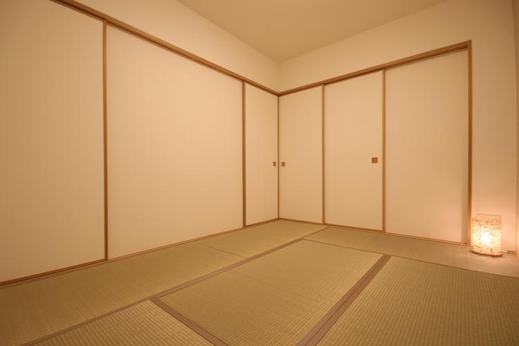 い草の香りに癒される和室。客間や寝室など使い道様々です