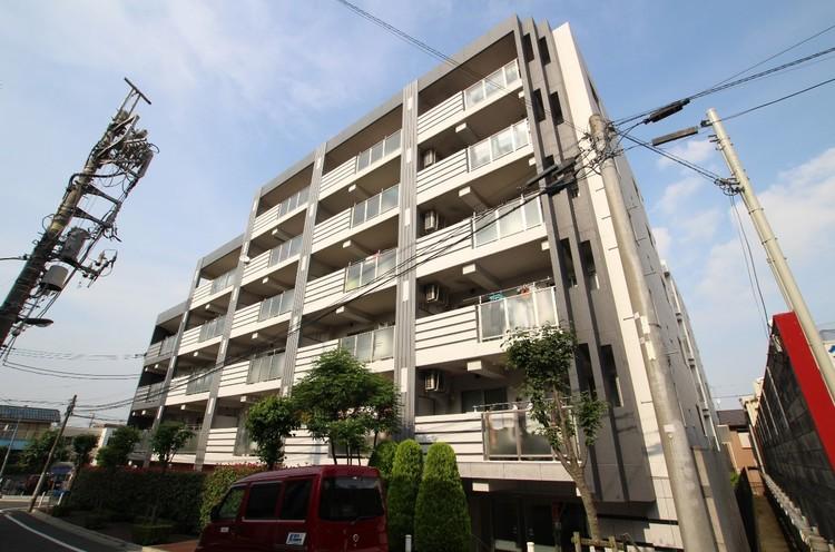 都営三田線「蓮根」駅徒歩12分。都心までダイレクトアクセス可能で、通勤通学に便利です