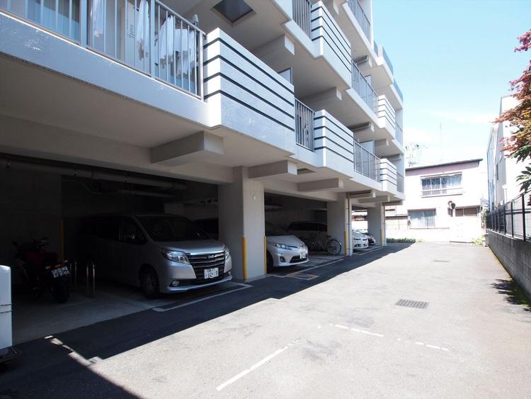 駐車場などの空き状況はお問い合わせください