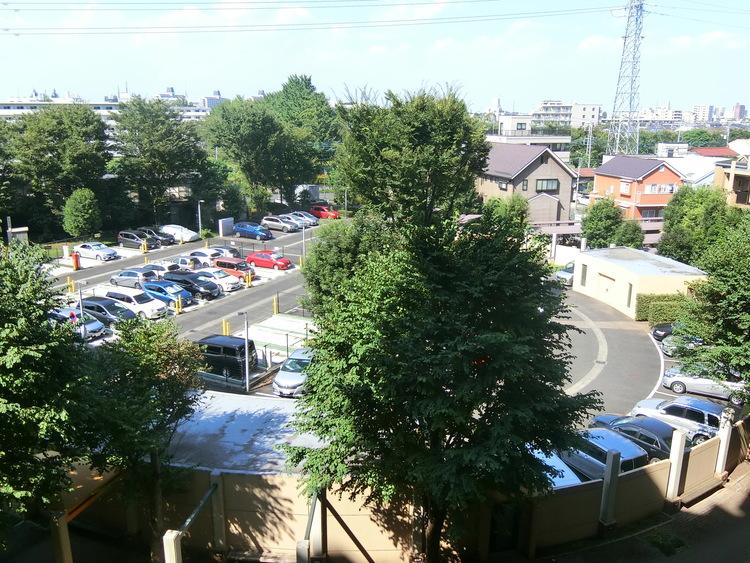 駐車場の最新の空き状況はご確認ください。