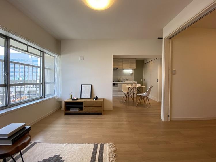 飾り過ぎないシンプルな内装と偏り過ぎないデザインで統一しております。居住していく中であなただけの「マイホーム」に創り上げて下さい。