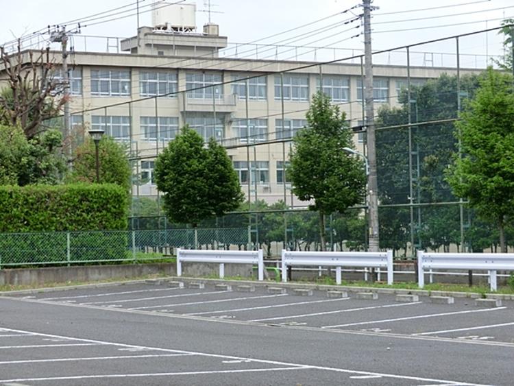 昭島市立瑞雲中学校 徒歩11分(約840m)
