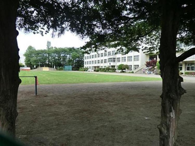 昭島市立武蔵野小学校 860m