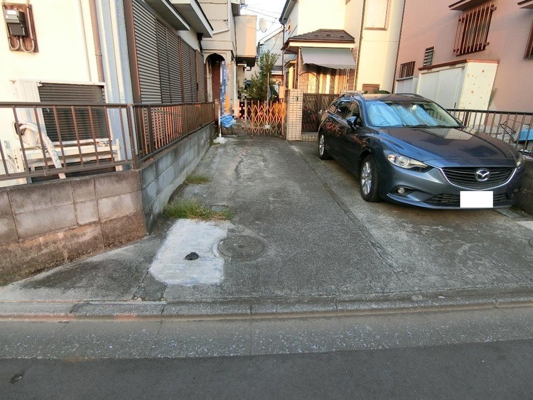 駐車スペースございます。