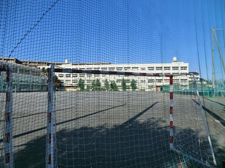 横浜市立青葉台中学校950m