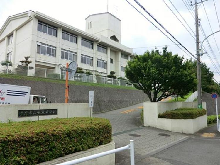 鶴牧中学校 1400m