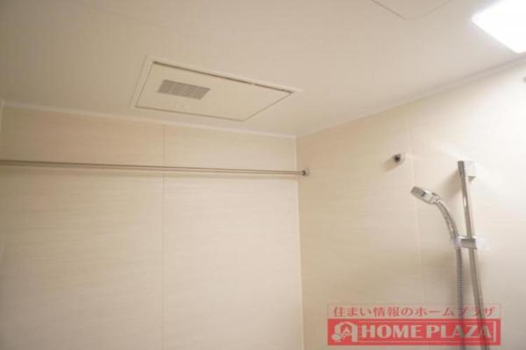 浴室乾燥機が付いているので、入浴後の湿気を取り除くことができ清潔を保てます。