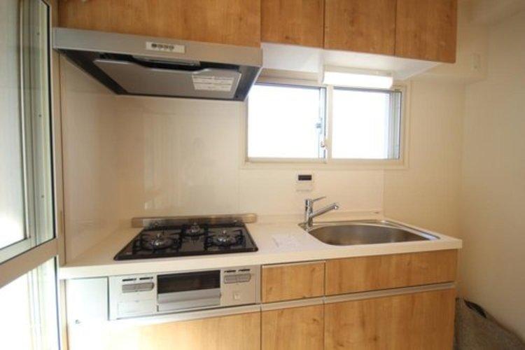 使いやすくスタイリッシュなキッチン空間。日々の料理が楽しくなります。