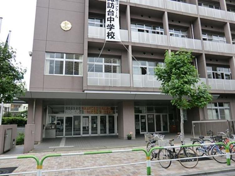 荒川区立諏訪台中学校386m
