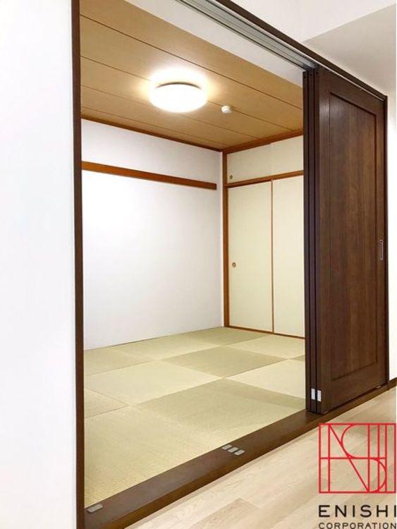 LDKと和室は引戸を開放することで空間に広がりがでます。プチリノベで和室を洋室に変更するのもお薦めです。