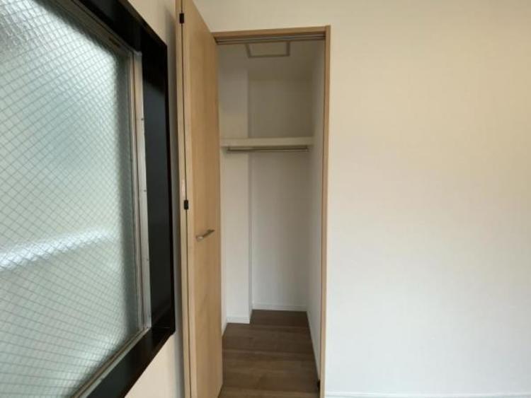 2F南側洋室(6.0帖) 収納