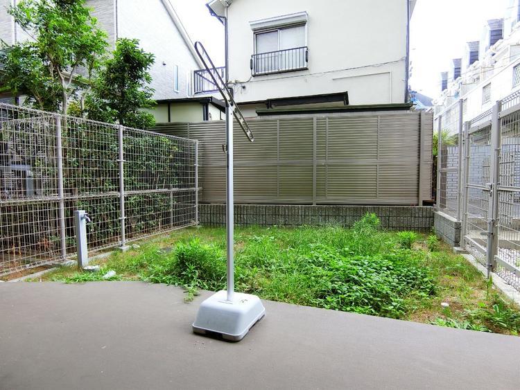 お庭がございます。