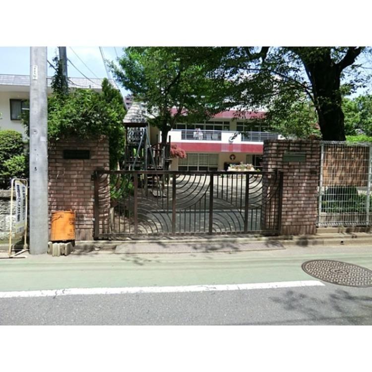 小百合幼稚園(約700m)