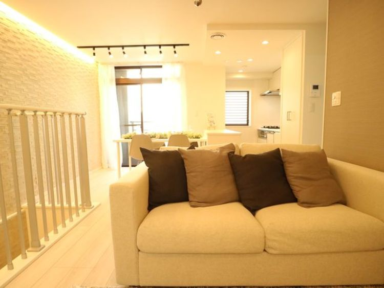 お気に入りのソファで一日ゆったりとくつろぐ時間を最優先にする。そんな自分スタイルをかなえられる空間です。