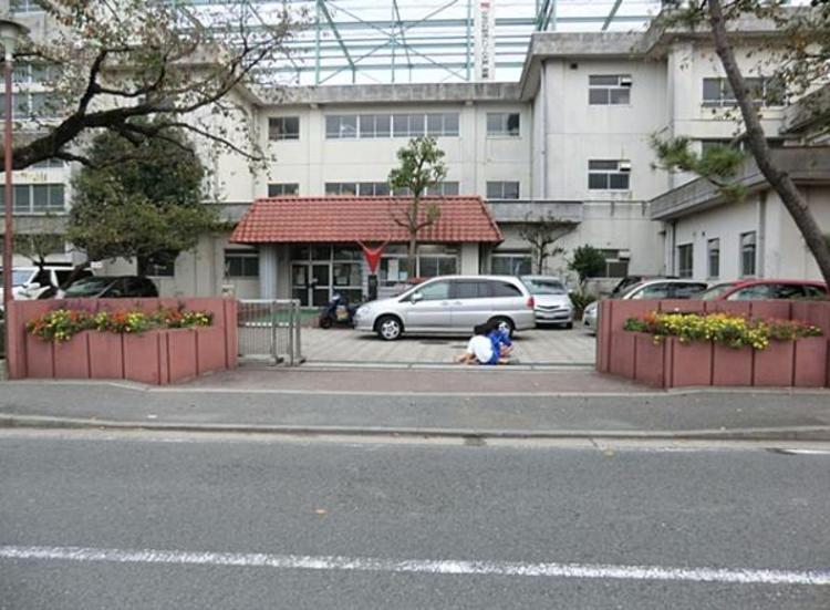 横浜市立万騎が原中学校1000m