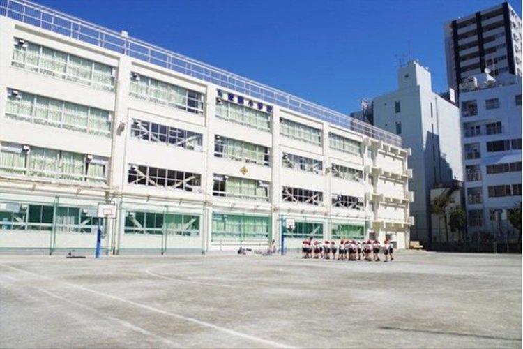 江東区立東陽小学校まで252m。笑顔と夢があふれる東陽っ子をめざして教職員一同力を合わせて取り組んでいきます。