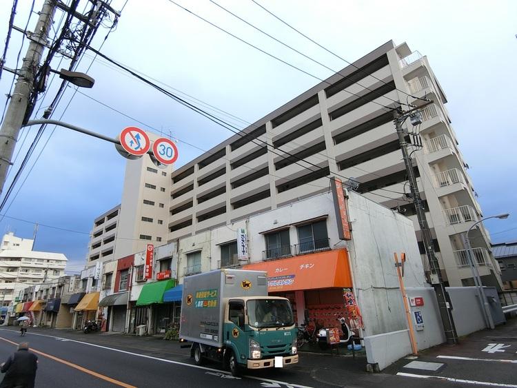 「東久留米」駅より徒歩約10分の立地です。