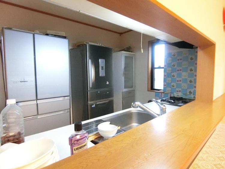 対面式キッチンからは室内が見渡せますので、お子様の様子を見ながらお料理が出来ますね。