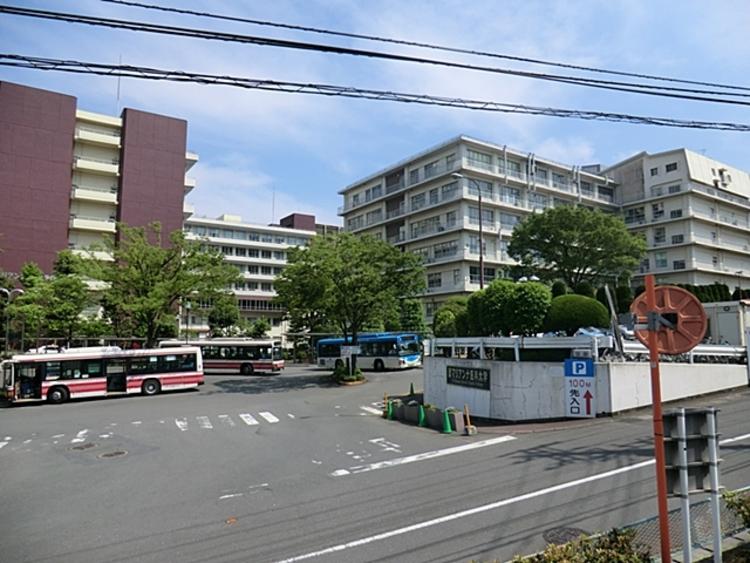 聖マリアンナ医科大学病院 徒歩9分(約700m)