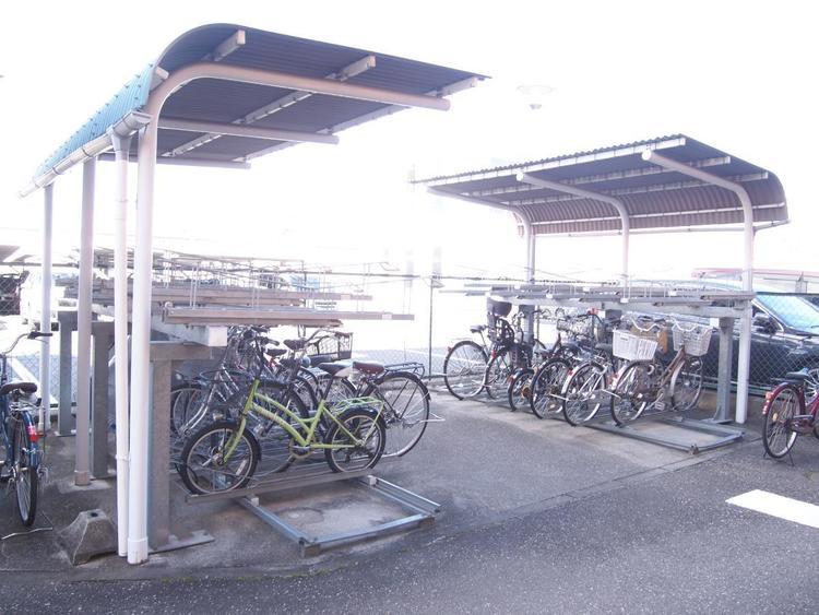 自転車置き場です。最新の空き状況はご確認ください。