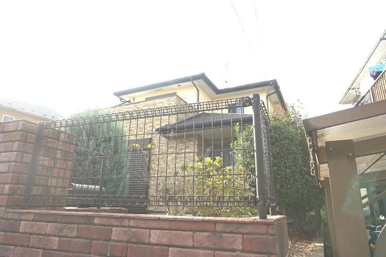 2001年2月築のお住まいです。