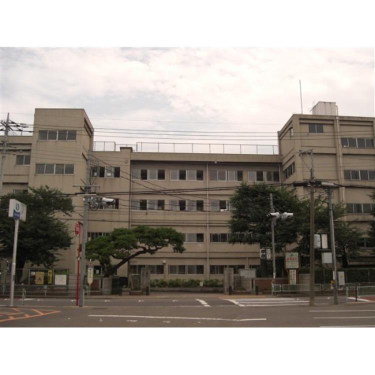霞ヶ関中学校(約550m)