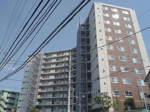 六会駅前高層住宅の画像