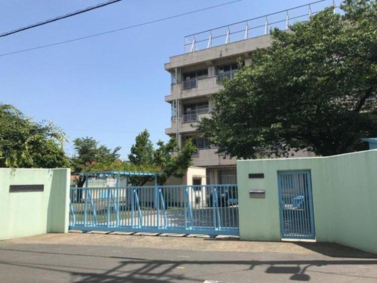 大田区立大森東中学校まで380m。めざす学校像は、「学校生活が楽しく、明日が待ち遠しい学校」です。