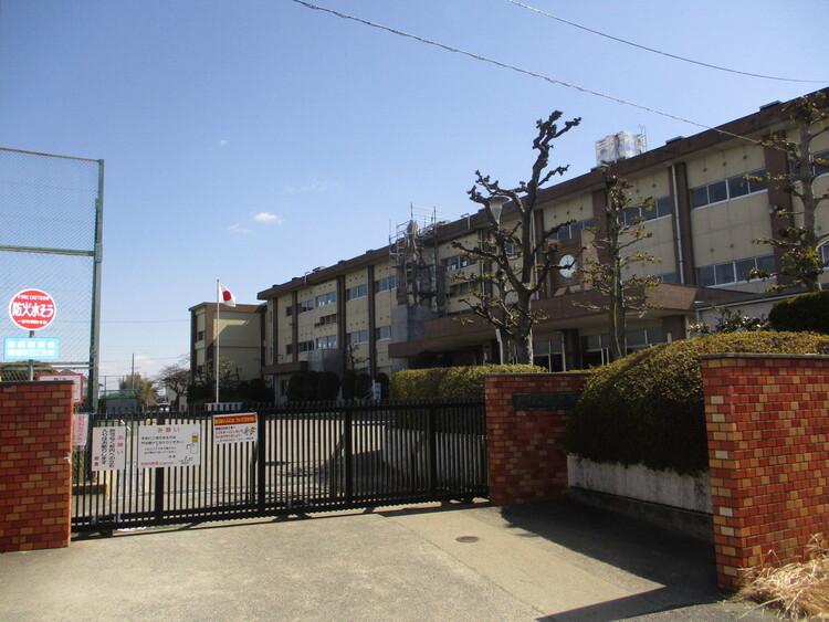 一宮市立浅野小学校 徒歩 約14分(約1100m)